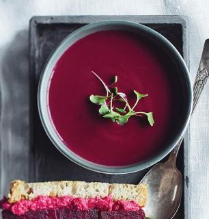 cream of red vegetable soup